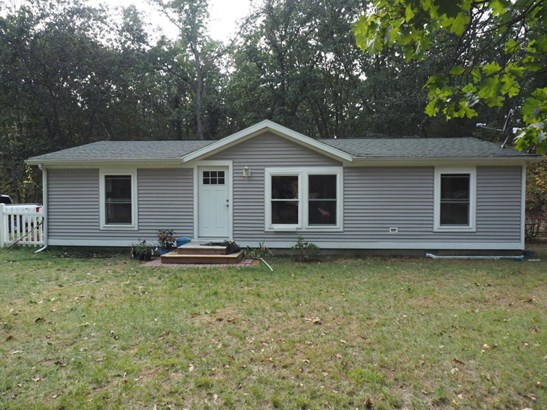 Single Family Residence, Ranch - Twin Lake, MI (photo 2)