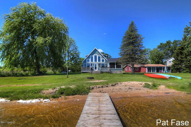 A Frame, Single Family Residence - Coral, MI (photo 2)
