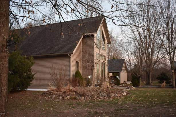 Chalet, Single Family Residence - Baldwin, MI (photo 3)