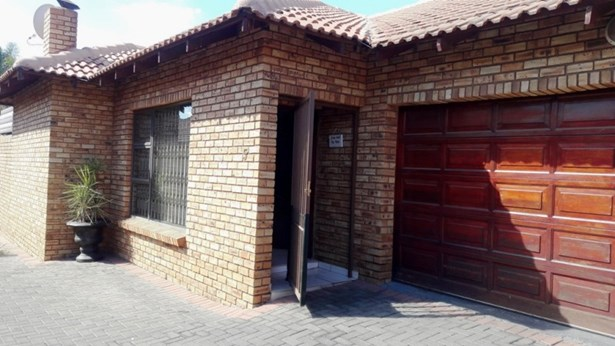 New Redruth 5, Alberton - ZAF (photo 1)