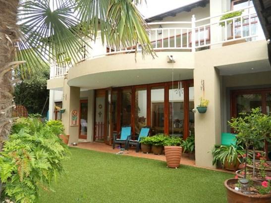 Six Fountain Residential Estate, Pretoria - ZAF (photo 1)