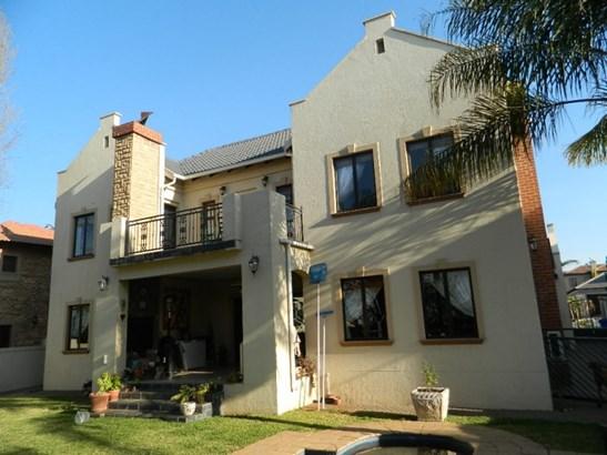 Willow Acres Estate, Pretoria - ZAF (photo 1)