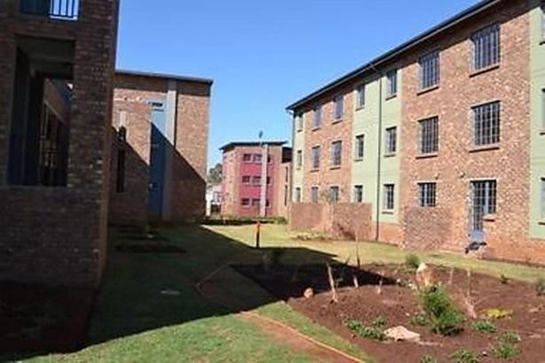 Daggafontein, Springs - ZAF (photo 1)