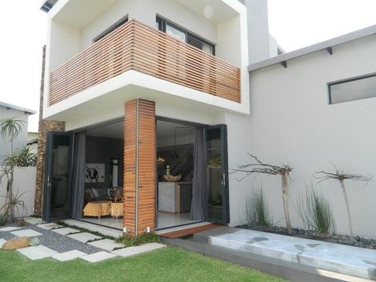 Newmark Estate, Pretoria - ZAF (photo 1)