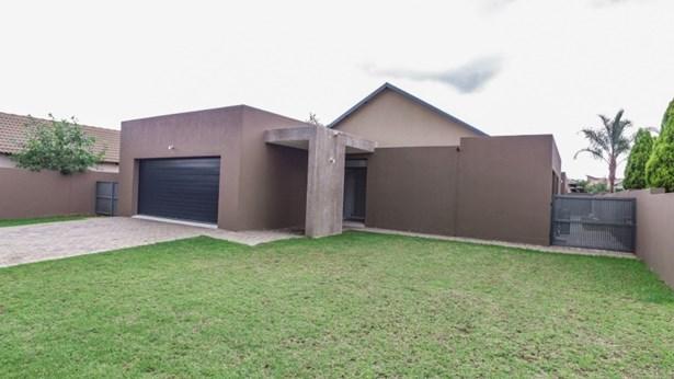 The Meadows Estate, Pretoria - ZAF (photo 1)