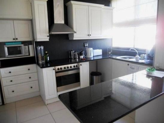 Claremont 503, Cape Town - ZAF (photo 1)