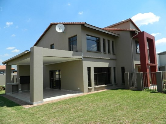 The Meadows Estate, Pretoria - ZAF (photo 1)