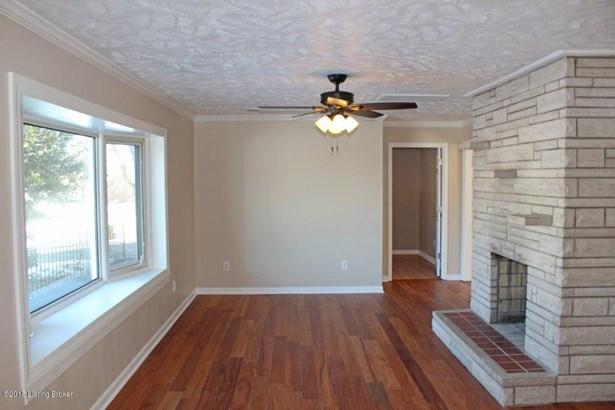Split Level, Single Family Residence - Radcliff, KY (photo 4)