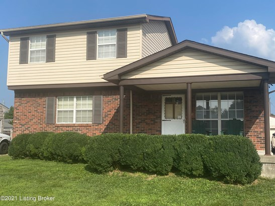 Single Family Residence, Traditional - Louisville, KY