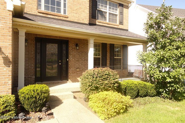 Single Family Residential, 2 Story - Louisville, KY