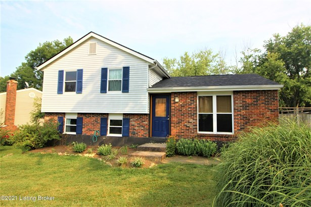 Tri-Level, Single Family Residence - Crestwood, KY