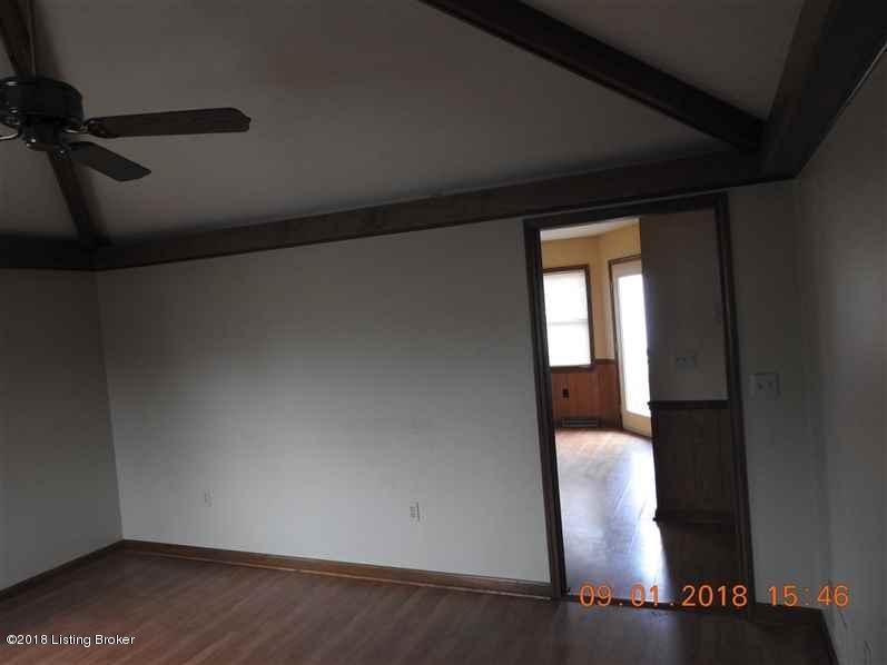 Single Family Residence, Ranch - Vine Grove, KY (photo 4)