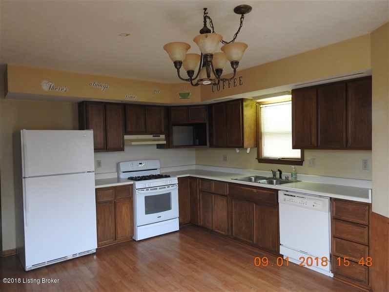Single Family Residence, Ranch - Vine Grove, KY (photo 5)