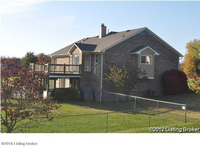 Ranch, Single Family Residential - Crestwood, KY (photo 3)