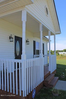Single Family Residence, 2 Story - Vine Grove, KY (photo 4)