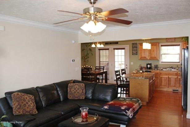 Cape Cod, Single Family Residence - Vine Grove, KY (photo 2)