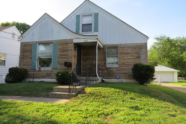 Single Family Residence, Bungalow - Louisville, KY (photo 2)