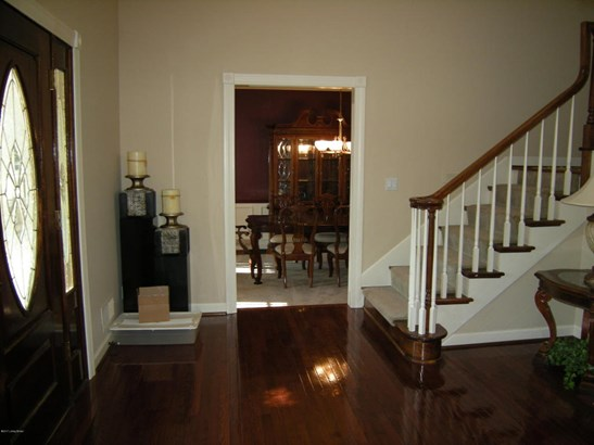 Single Family Residence, 2 Story - Louisville, KY (photo 5)