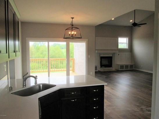 Single Family Residence, Traditional - La Grange, KY (photo 3)