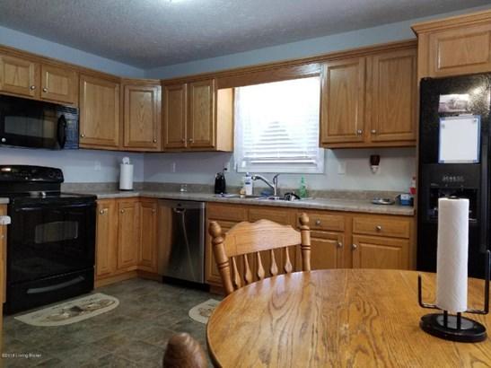 Single Family Residence, Ranch - Mt Washington, KY (photo 3)