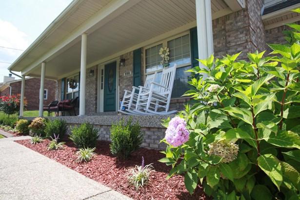 Cape Cod, Single Family Residence - Mt Washington, KY (photo 3)