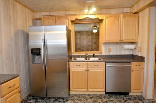 1 Story, Single Family Residence - Taylorsville, KY (photo 2)