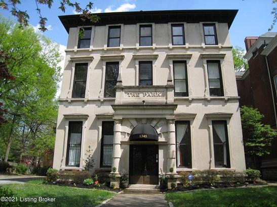Condominium, Traditional - Louisville, KY