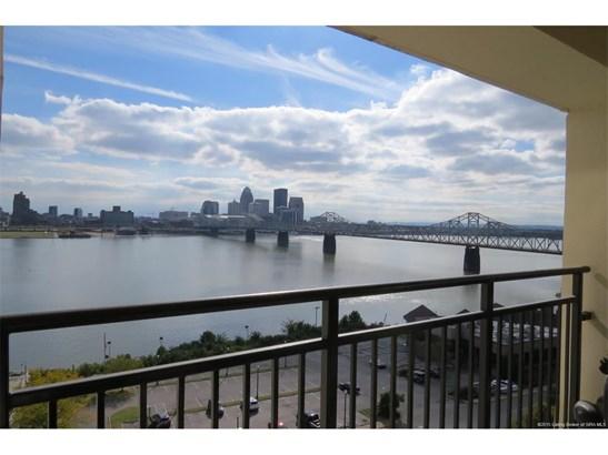 Residential, 1 Story,Condominium - Jeffersonville, IN (photo 2)