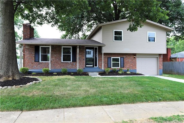 Residential, Tri Level - New Albany, IN
