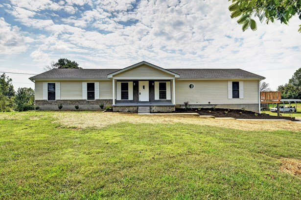 Raised Ranch, Single Family Residence - Shepherdsville, KY