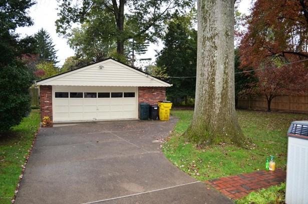 Tri-Level, Single Family Residence - Louisville, KY (photo 5)