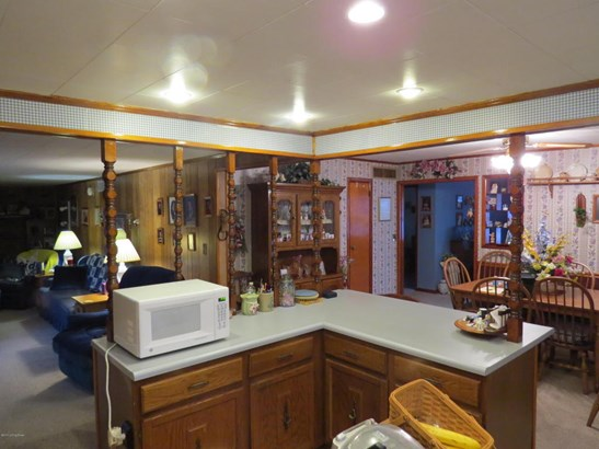 Single Family Residence, Ranch - Milton, KY (photo 4)