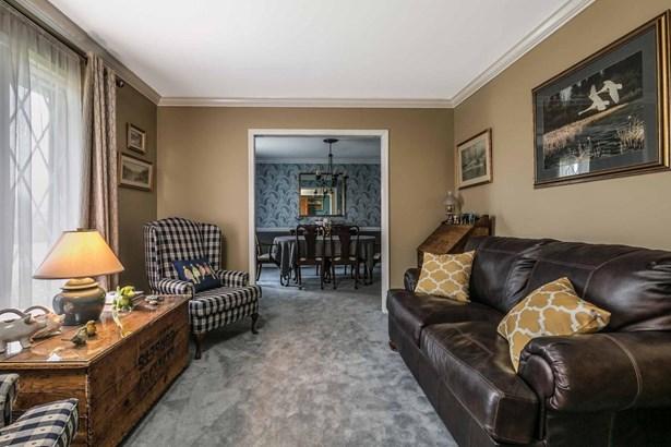 Single Family Residence, Quad Level - Shelbyville, KY (photo 2)