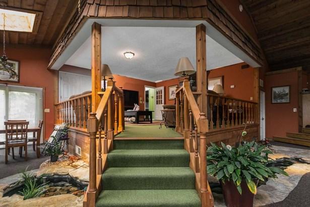 Single Family Residence, Quad Level - Shelbyville, KY (photo 5)