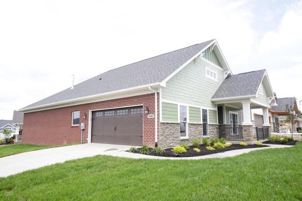 Single Family Residence, Garden Home - Louisville, KY (photo 2)