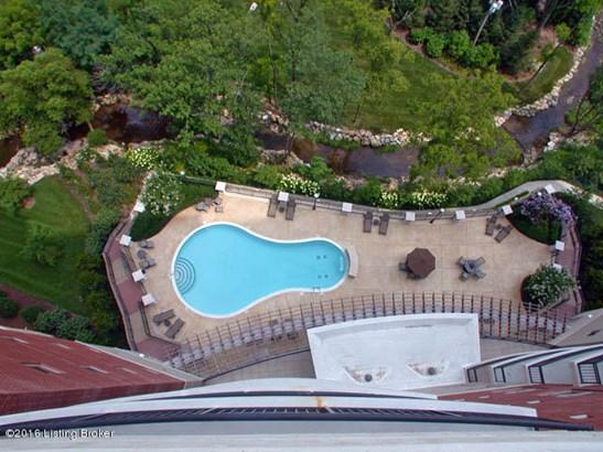 Condominium, Other - Louisville, KY (photo 2)