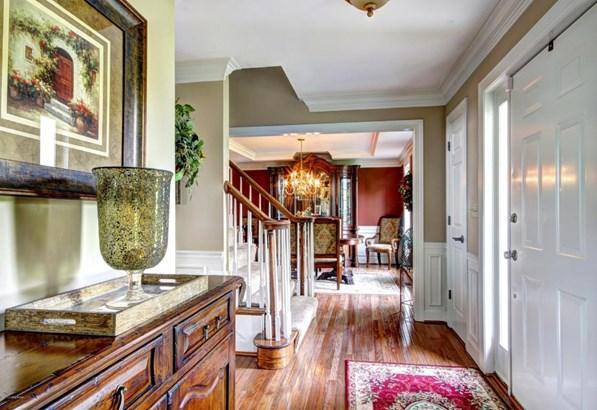 Single Family Residence, 2 Story - Crestwood, KY (photo 2)