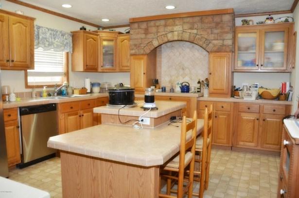 1 Story, Single Family Residence - Milton, KY (photo 5)