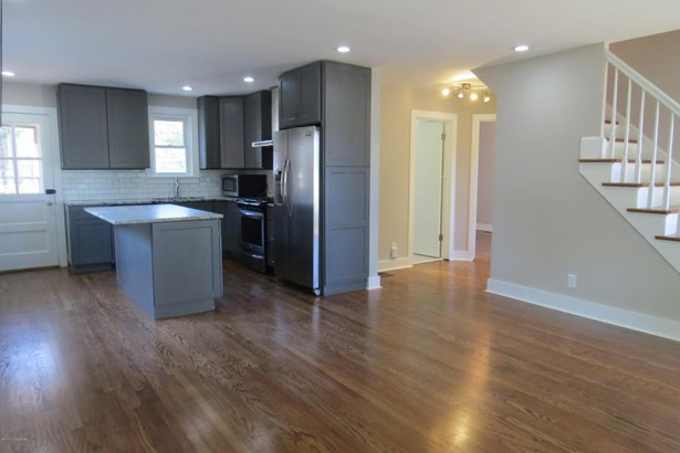 Cape Cod, Single Family Residential - Louisville, KY (photo 5)