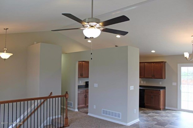 Single Family Residence, Bi-Level - Vine Grove, KY (photo 3)
