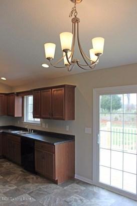 Single Family Residence, Bi-Level - Vine Grove, KY (photo 5)