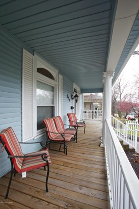 Single Family Residence, 3 Story - Louisville, KY (photo 2)
