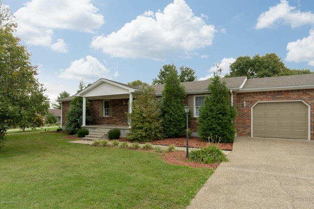 1 Story, Single Family Residence - Shepherdsville, KY