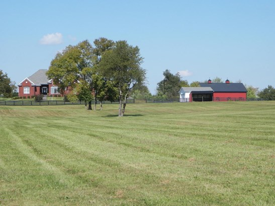 Single Family Residence, Ranch - Simpsonville, KY (photo 2)