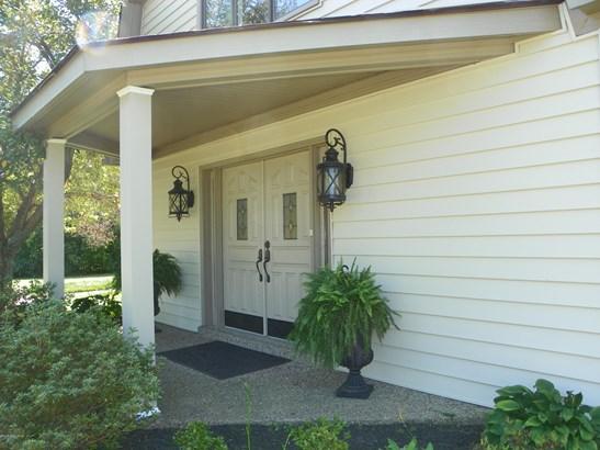 Single Family Residence, 1.5 Stories - Finchville, KY