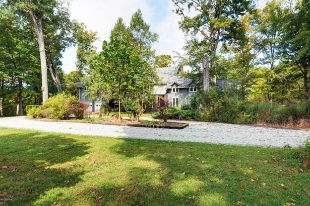 Single Family Residence, Traditional - La Grange, KY