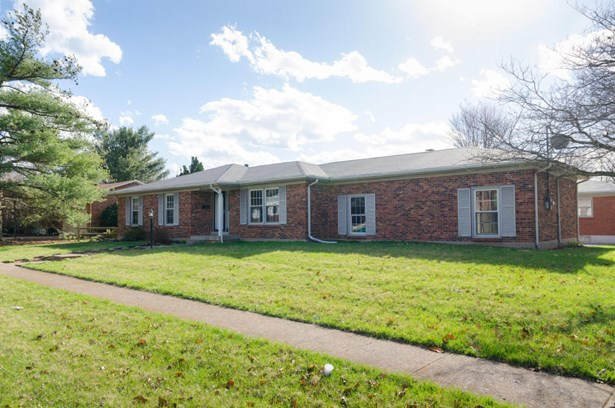 Single Family Residence, Ranch - Louisville, KY (photo 3)