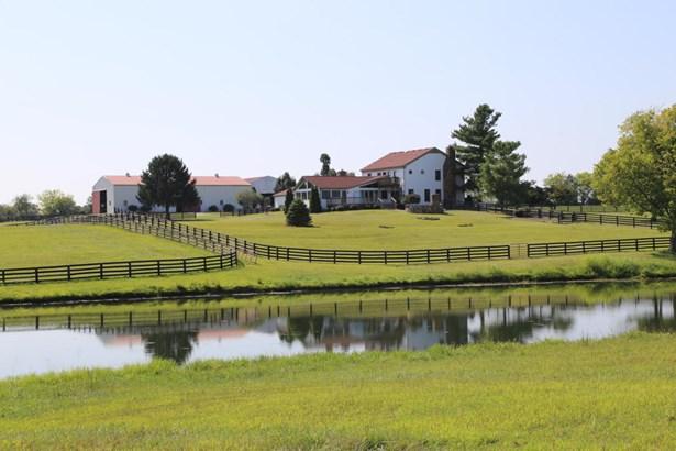 Farm, 1.5 Stories - Louisville, KY (photo 2)