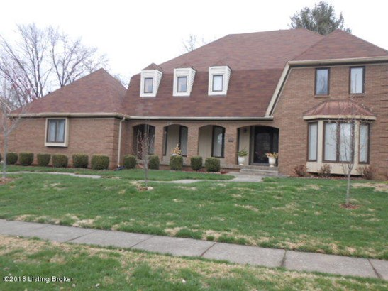 Single Family Residence, 2.5 Stories - Louisville, KY (photo 2)