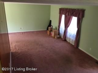 Tri-Level, Single Family Residence - Louisville, KY (photo 3)